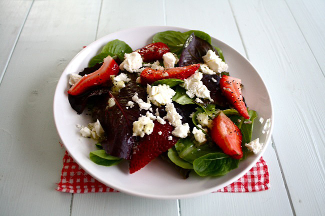 spinach, strawberry, and feta salad with poppy seed dressing
