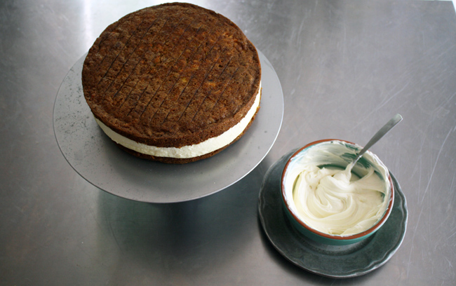 carrot cake with cheesecake layer and mascarpone cream