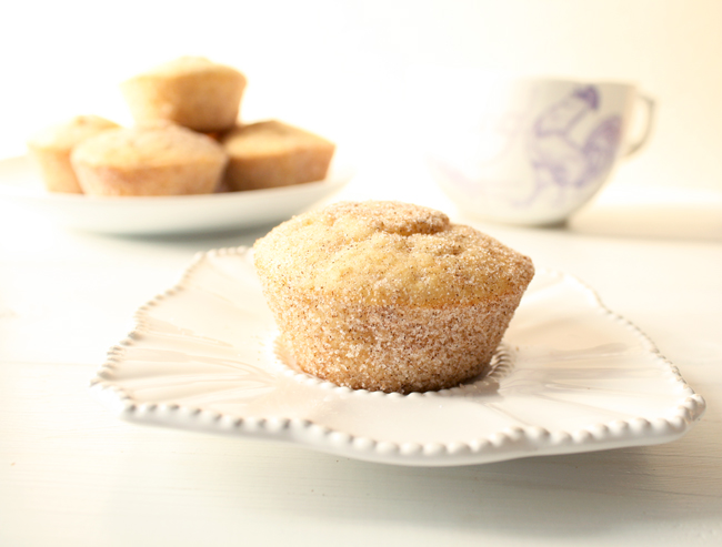 cinnamon sugar doughnut muffin