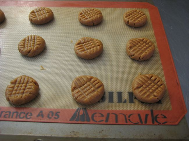 peanut butter cookies, forked